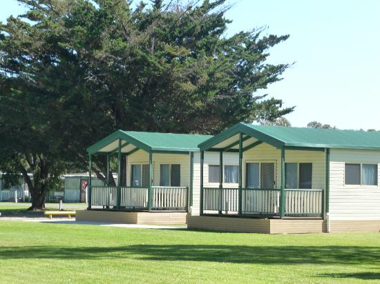 Victor-Harbor-Holiday-and-Cabin-Park