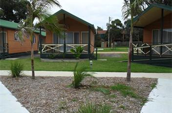 Moruya-Heads-Easts-Dolphin-Beach-Holiday-Park