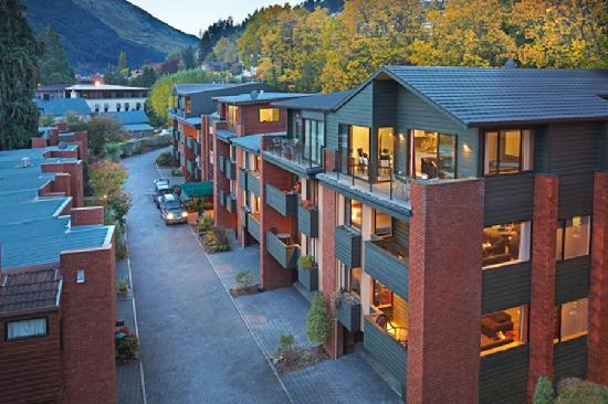 St-James-Apartments-Queenstown