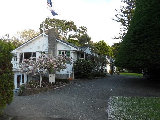 Bucket-Tree-Lodge