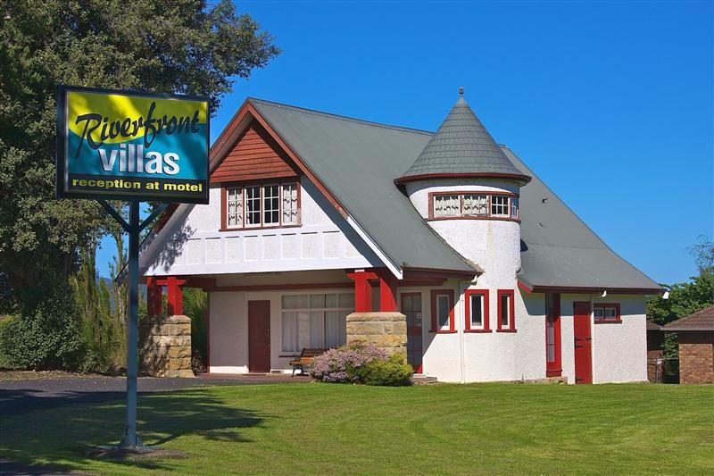Riverfront-Motel-Villas