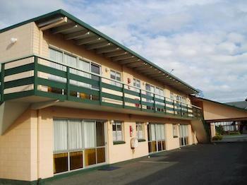 Cedar-Lodge-Motel-Hamilton