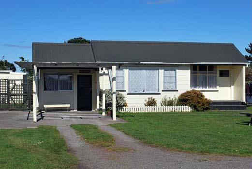 Opunake-Motel-Backpackers-Lodge