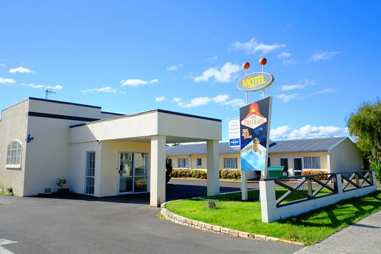 Anns-Volcanic-Motel