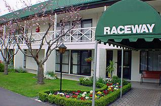 Raceway-Motel