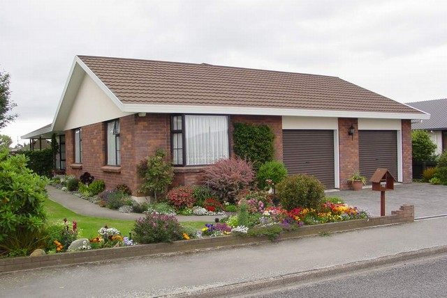 30-Redcastle-Road-House
