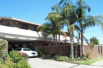 Garden-Court-Motel